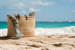 8 Ways to Save on Vacation